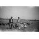 Giuseppe Giordano, Alfredo Giavelli et deux de ses enfants, plaine de Crau, 1958