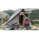 Cabane de berger en alpage (cl. Tara Bate)
