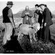 L'assistant-berger Pierre Mélet (à droite), créateur de la Frèrie des bergers alpins en 1957 et de la Maison du berger à Champol