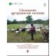 Patrick Mayet, éleveur-berger de l'Hérault et Lozère/Aveyron à la garde sur le causse de l'Hortus © Michel Meuret